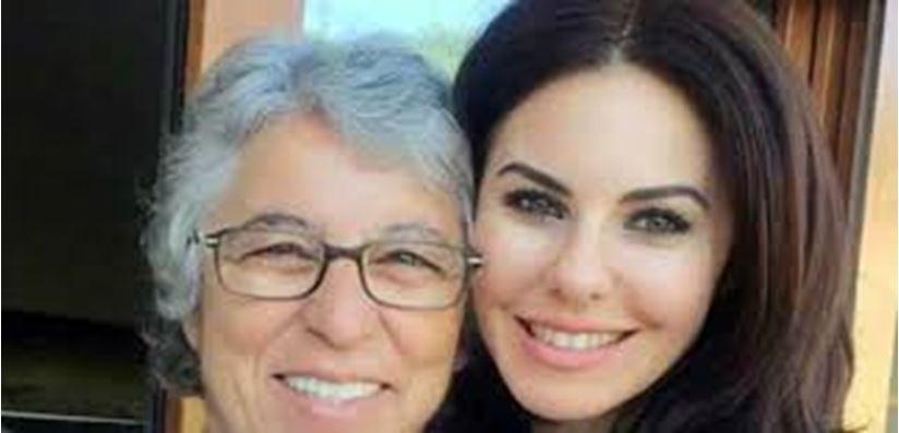 Defne Samyeli'den annesine duygusal doğum günü mesajı